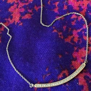 Gold curved necklace